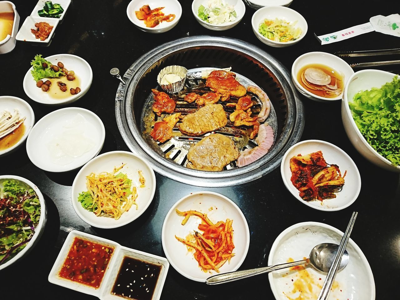 HIGH ANGLE VIEW OF MEAL SERVED IN TRAY