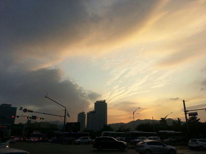 하늘 좋다. :)
