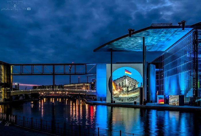 Alle Jahre wieder... Berlin Night Lights City Lights Water Reflections My Fuckin Berlin Berliner Ansichten Regierungsviertel Clouds And Sky Nightphotography Berlinmitte
