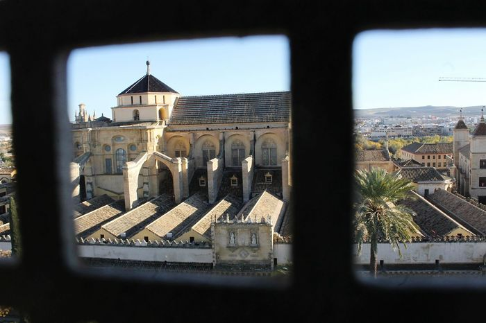Point of view Photography Photooftheday Photos Capture Exposure Picoftheday Pictures Traveladdict Travelblogger Travelphotography Travelblog Traveldiaries Traveller Travelling Córdoba SPAIN Architecture Building Exterior Built Structure Window Day No People City Outdoors