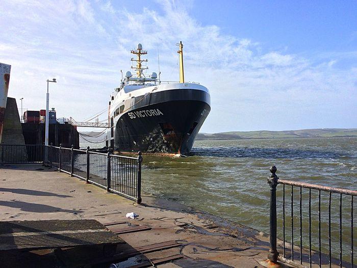The SD Victoria. Ship Boat Cornwall Beach
