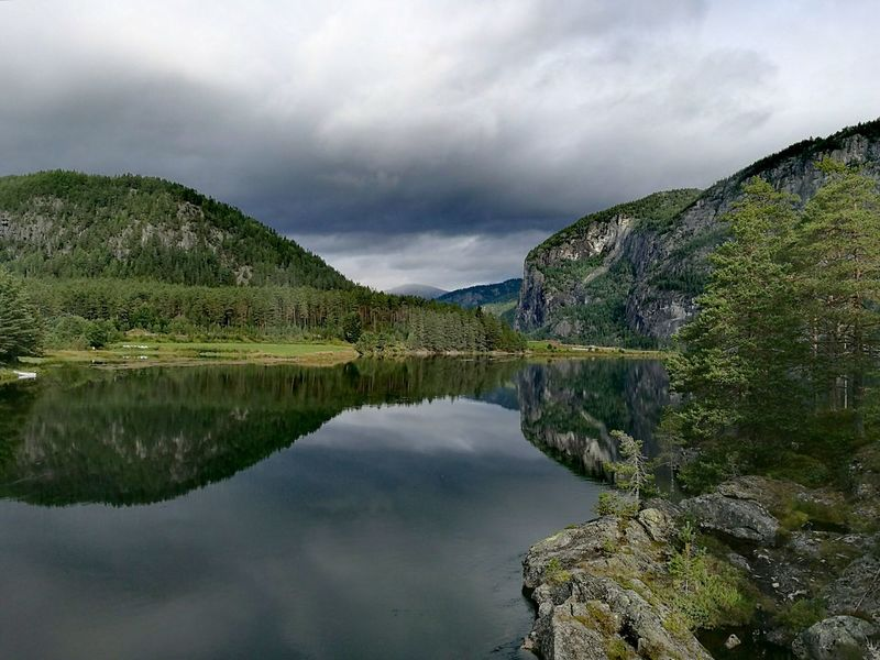 Todays Weather Report Water Cloud - Sky Mountain Cloudy Nature Outdoors Day Reflection Beauty In Nature Norway Norway Nature River HarmonyCalmness Rysstad Water Reflections HuaweiP9 Fresh On Eyeem  No People Autumn Is Coming Landscapes Perspectives On Nature