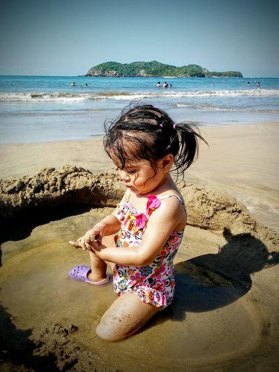 Kids Playing Beach, Ixtapa Enjoying Life Ixtapa Your Magazine Ixtapa Zihuatanejo Playa