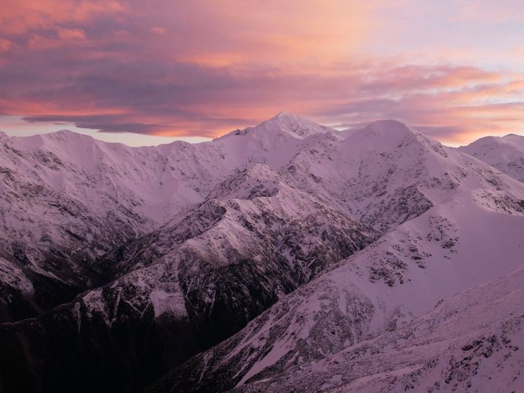 Momento New Zealand EyeEmNewHere Mountain Beauty In Nature Environment Snow Sunset Cold Temperature