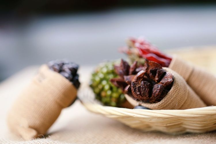Healthy Ingredient Food Dried Dry Chili  Burlap Vintage Food And Drink Eating Eat Coffee Star Copy Space Close-up Table Selective Focus Herb Pepper Red Chili Pepper Chinese Food Focus On Foreground Ready-to-eat Basket Backgrounds