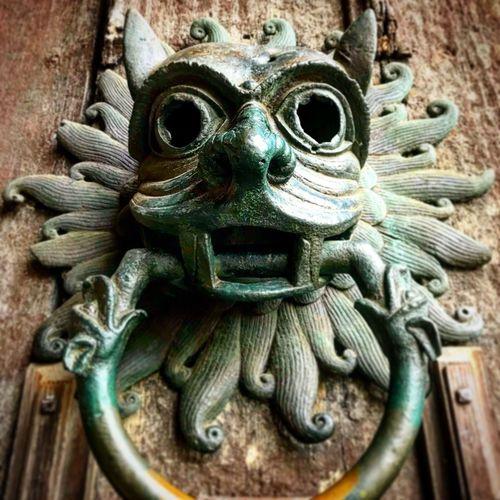 Door knocker,