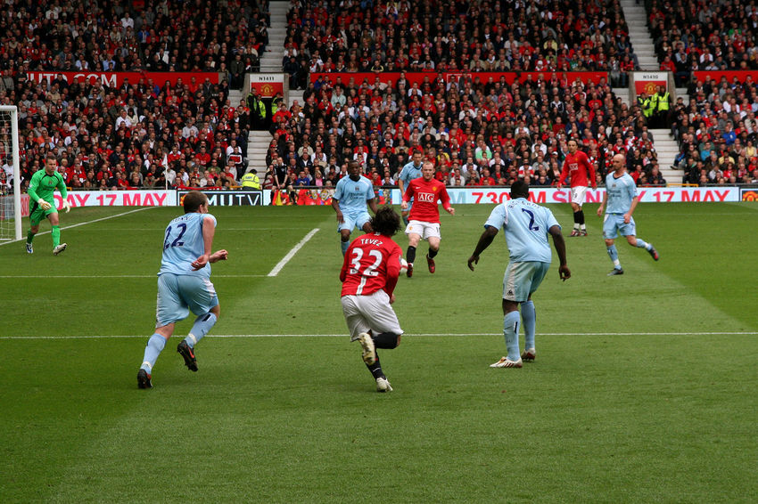derby MANCHESTER UNITED FC Old Trafford Audience Crowd Fan - Enthusiast Large Group Of People Manchester City Football Club Match - Sport Men Outdoors People Playing Soccer Soccer Team  Sport Sports Team Sports Uniform Sportsman Stadium Teamwork Togetherness