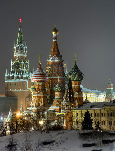 Russia, Moscow, the Kremlin, the Nikolskaya street, night, snow, Vasilevsky descent, the Kremlin's Spassky tower, St. Basil's Cathedral, Monument to Minin and Pozharsky on red square, Manezhnaya square, Ulitsa Varvarka, Zaryadye Park , winter, travel, architecture Moscow Red Square Russia Vasilevsky Descent Architecture Building Exterior Built Structure Cold Temperature Dome Illuminated Nature Night Nightlife No People Outdoors Place Of Worship Religion Sky Snow Snowing Spirituality The Kremlin Travel Destinations Winter