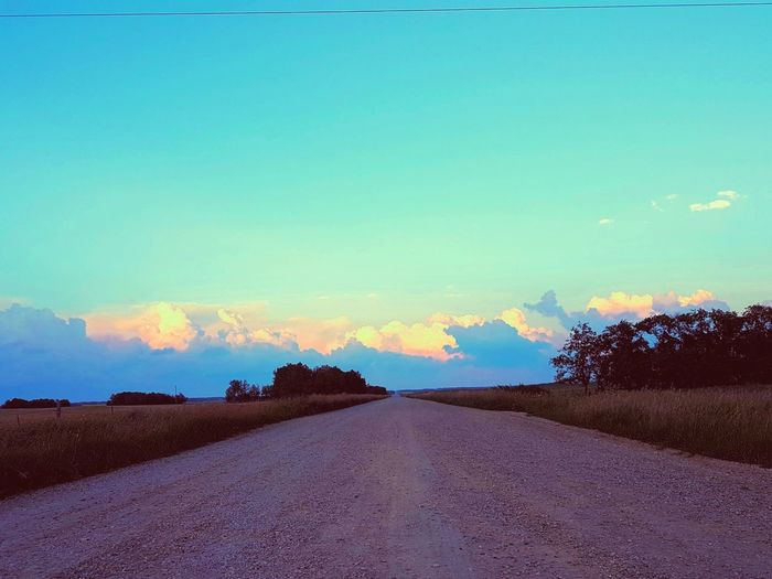 How can something so pretty look so lonely... 😍 Road Sign Grids Clouds Lonelyroad Photography Photographer