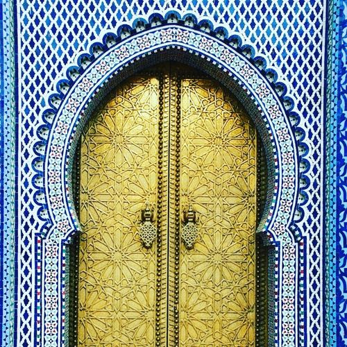 I'm becoming a lover of beautiful doors. Morocco Fez Morocco Fez City  Middle East Doors With Stories Doors Lover Photographer Photo Travel Destinations Travel Explore The World Pattern