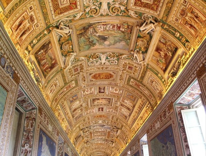 Art that should be seen in silence. Architecture Art Italy Travel History Religion Mural Art And Craft Fresco Vatican Viajar Ornate Architectural Design Place Of Worship Built Structure Raconets Indoors  Building Architecture And Art Silence Impressive Beautiful Lovely Nice