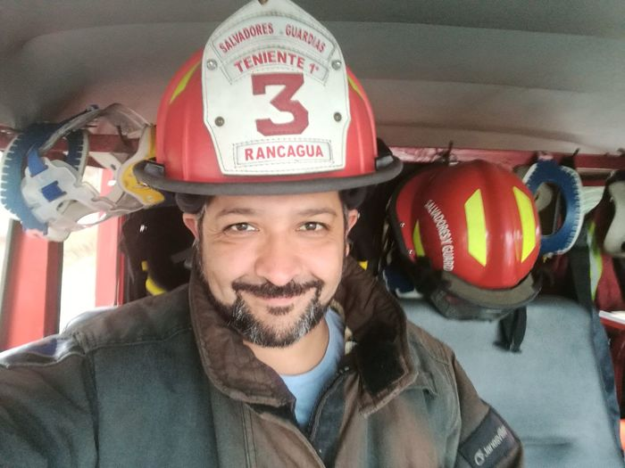 Emergency Firefighter Rescue Worker Chile Rancagua Chile Salvadores&Guardias BomberosDeChile Bomberos De Rancagua