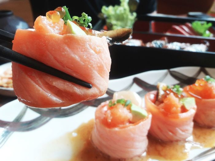 #Japanese #JustMe #Moment #goodtaste #happytime #nice #photography #sushi #yummy Love Asian Food Close-up Dinner Food Freshness Healthy Eating Indoors  Japanese Food Salmon - Seafood