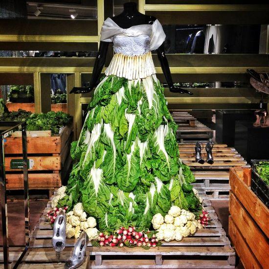 Vegetables Wedding Dress/vestido de novia en plena semana de la exaltación de la verdura: acelgas, espárragos, coliflor... Eyem Best Shots Amselcom Instagood Wedding Dress