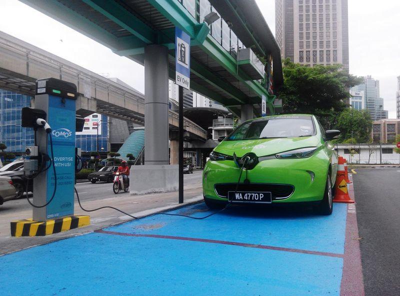 Electric Car Environmental Go Green Green Technology Kuala Lumpur Malaysia  The Photojournalist - 2015 EyeEm Awards