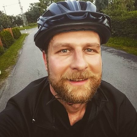 Happy me Biketowork 😃 😚 Cycling Fahrrad Fahrradfahren Sport Commuting Me Selfie Picoftheday Instamood Biketouring Fitfornix Smile Bikelove 😍❤️