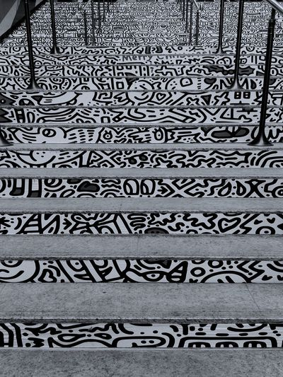 pop art in stairs Outdoors Stairs Pop Art By Mr Doodle Text Backgrounds Handwriting  Pattern Full Frame No People Day Close-up