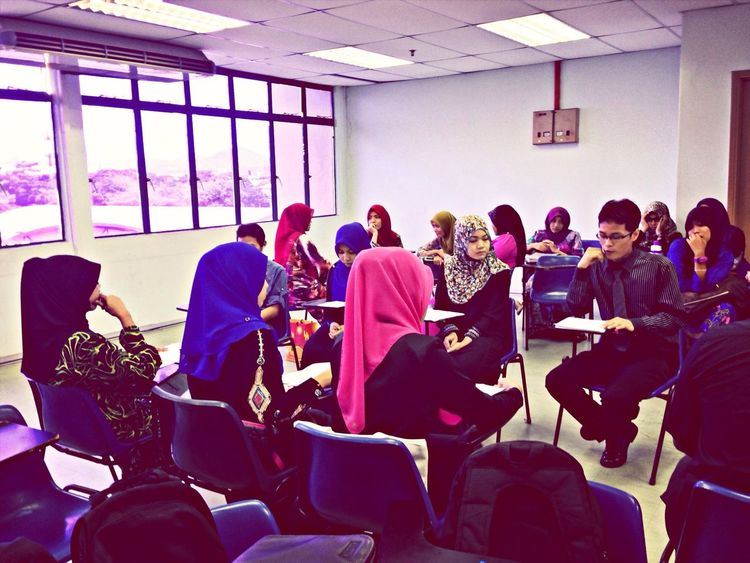 Student Life College Studying Class Malaysian Studies subject Debate ..