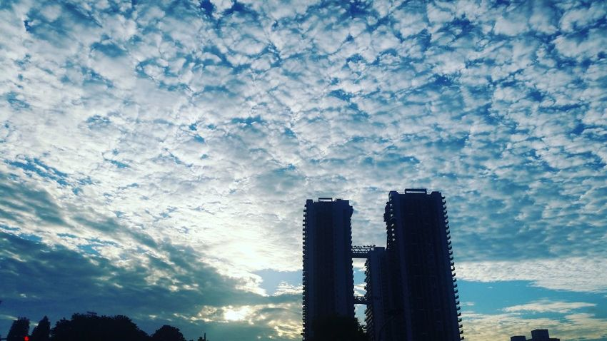 Good morning! Yes it is another day. Thankful and grateful for another blissful day ahead of me! Loving Life! Sunrise Skyporn Blue Wave The Architect - 2016 EyeEm Awards