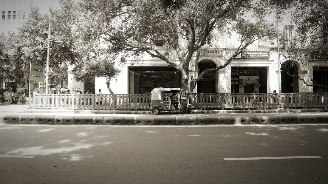 Urban Landscape Urban Geometry Road CannaughtPlace Delhi India Monochrome Things I See Black And White Photography Mirrorless