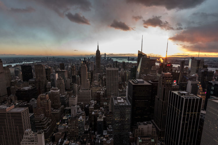 New York Skyline Architecture Building Exterior Built Structure City Cityscape Cloud - Sky Crowded Day Downtown Modern Outdoors Sky Skyline Skyscraper Sunset Tower Travel Destinations Urban Skyline #urbanana: The Urban Playground