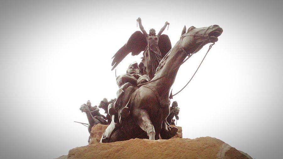 Mendoza #argentina San Martin De Los Andes Monumento A San Martin Zoom