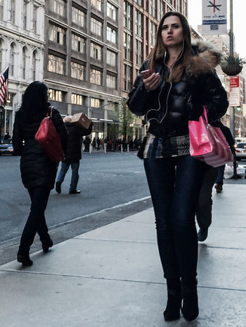 So, pink bags are in this Spring. eh? | Paying AttentionnPink HandbaggSpring20155StreetphotographyyManhattannNYCCTimyoungiphoneographyy