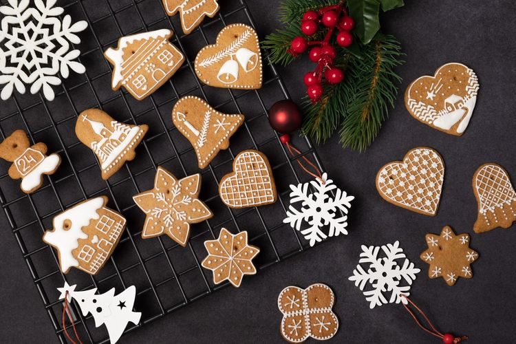 EyeEm Selects Christmas Celebration Decoration Star Shape Cookie Holiday Shape Sweet Food Christmas Decoration Food Design Winter Baked Food And Drink No People Indoors  Gingerbread Cookie