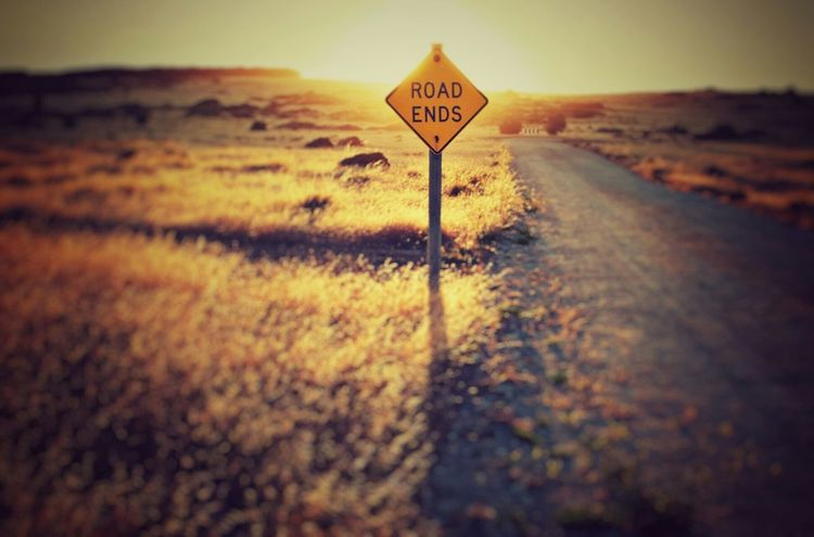 Roadends Road Desert Street Signal Vintage Photo Hello World