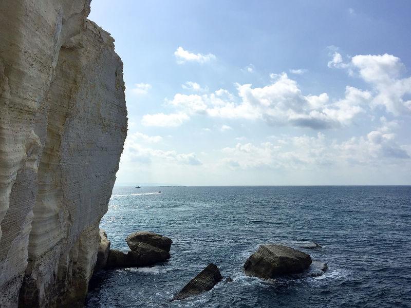 Rosh HaNikra grottoes, Haifa, Israel Beach Beauty In Nature Cloud - Sky EyeEm EyeEm Best Shots EyeEm Nature Lover Grotte Grottes Haifa Horizon Over Water Israel Mediterranean  Mediterranean Sea Nature Nature Outdoors Rosh Hanikra Rosh HaNikra Grottoes Scenics Tourism Tourist Tranquil Scene Tranquility Water