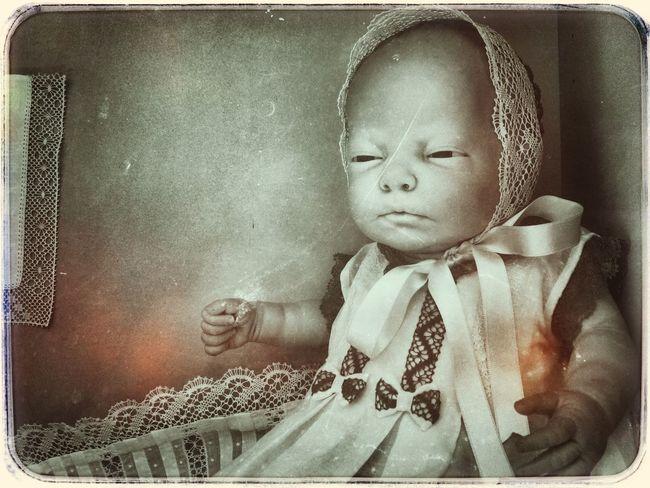 O boneco con mirada sospeitosa Boneco Old Photo Bolillos Toy Photography