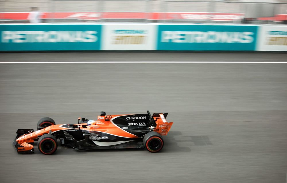 Motionblur, featuring Fernando Alonso. Final F1 Race for Sepang international Circuit, Malaysia EyeEmNewHere Fernando Alonso Formula 1 Malaysia Sepang F1nale Sports Race Sport Competition Motorsport Auto Racing Speed