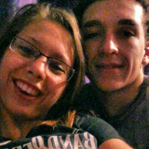 Cuddles Cuddlingnight Movieday Chillathomenight movienight bebeee cutie bestfriend @austin_dingess