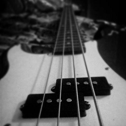 My bootyful bass ;) Neversurrender Bassist