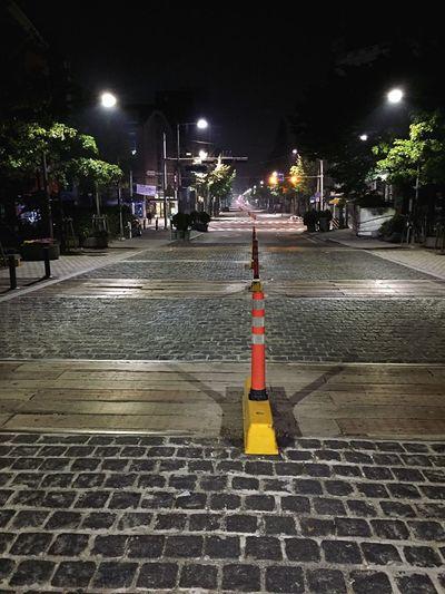 Night Street Light Street City Street Korea Photos Hongdae Street 연남동 Adapted To The City