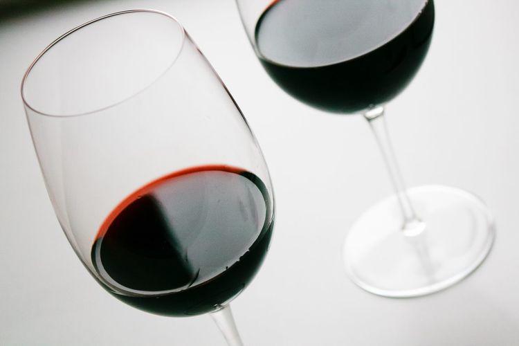 Wine. Wine Wine Tasting Glass Wine Time Wine Glass Redwine Minimalism
