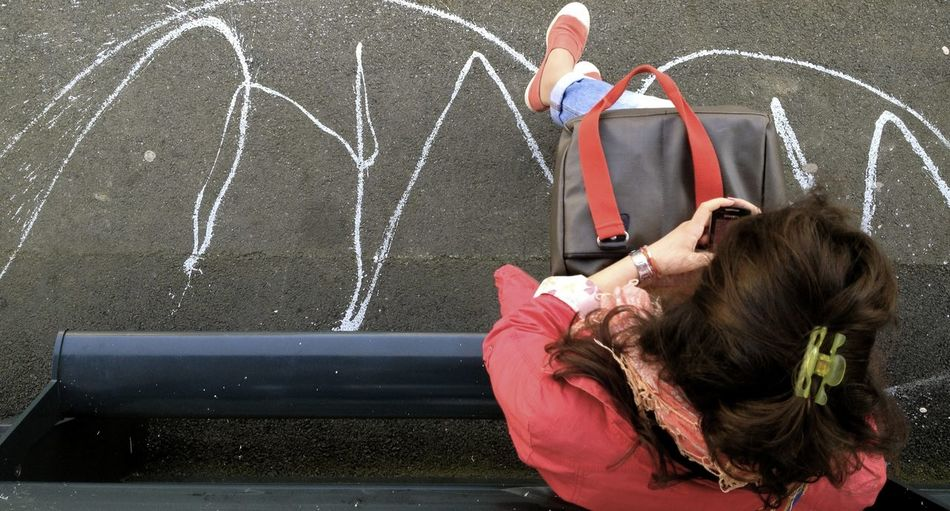 Brown Hair Dripping Street Seated Above View Purse Woman Waiting