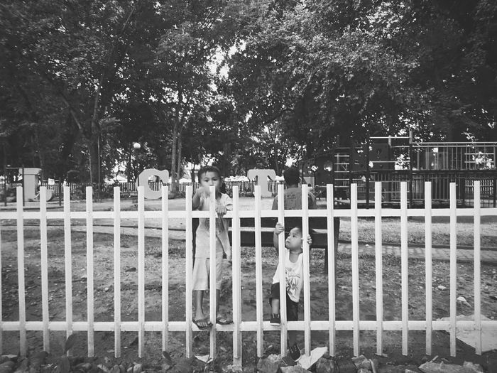 play Free Xperia X Eyeemphoto People And Places EyeemPhotos EyeEm Gallery Outdoors SONYXPERIAX Xperiax EyeEmBestPics Lovely Day Children Playing Children Monochrome Photography