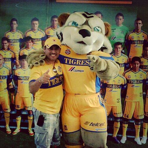 That's Me Vamos Tigres a pegar primero!