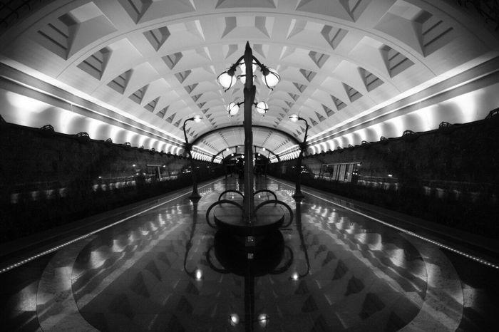 метрополитен Sony Camera метро перспектива Чб чбфото симметрия камера сони Москва Camera Sonyalpha No People московскоеметро