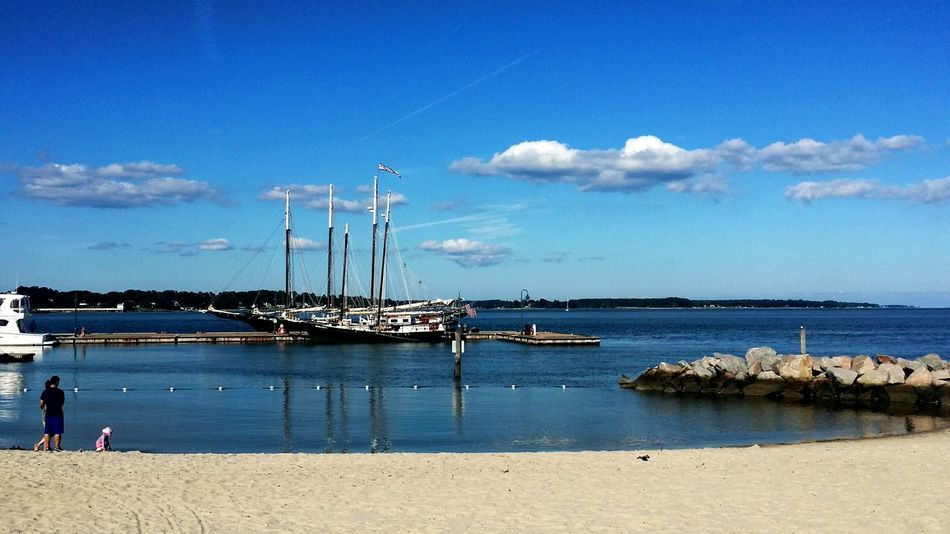 Yorktown, Virginia Virginia Yorktown, Virginia Yorktown Boats Boats⛵️ Boats Boats Boats Shoreline Watching Boats Yorktown Harbor Water Beach Beach Photography On The Beach Shore Ocean Ocean View Ocean Beach