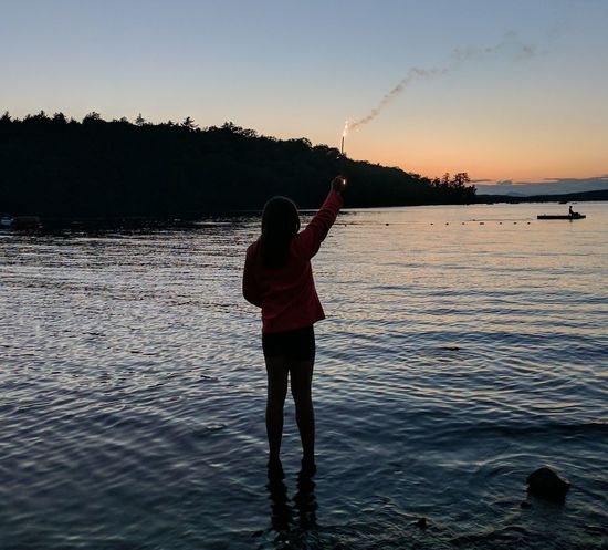 I am liberty, I am peace Sparkler 💖 The Small Things In Life Independenceday Beautiful ♥ Lake Life Girl Power Sommergefühle EyeEm Selects Breathing Space EyeEmNewHere Followme Lost In The Landscape Getty+EyeEm Collection Getty Images Premium Collection Getty Images EyeEm Ready