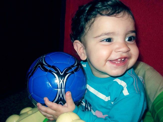 Good morning my friends..😊💗💕 have you all nice and happy day..💞 always smile and be positive💓💞 The Baby Baby Laughing Happy Baby <3 Niece  Small Girl Emotional Good Morning World! Ball Tooth Happy Moment♥