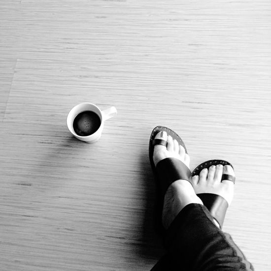 Coffeelover Nosugaradded Black & White Light And Shadow Traveling Feet