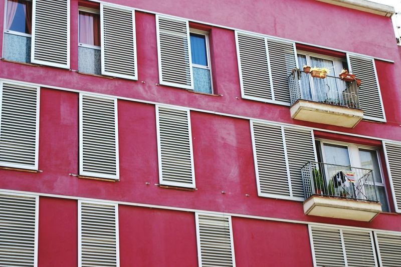 The Street Photographer - 2015 EyeEm Awards The Architect - 2015 EyeEm Awards Life Essentials Barcelona, Spain Balcony Windows A Day In The Life Amazing Architecture Urban Life Apartment Buildings The Changing City Getting Inspired Wall - Building Feature Millennial Pink