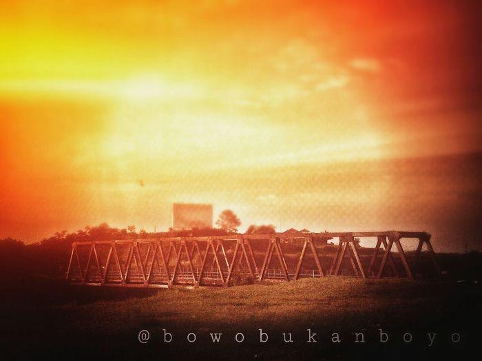 tenggelam bersama senja EyeEm Best Shots Streetphotography Sunset