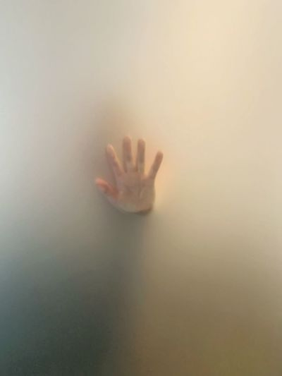 Hand pressed against the glass 🙌🏻 Shower Time Handprint Mist Bathroom Mystery Bathroom Shower Human Body Part Hand Human Hand Indoors  Glass - Material One Person Body Part Transparent Close-up Touching Real People Unrecognizable Person Trapped Finger Mystery Human Finger Frosted Glass Copy Space