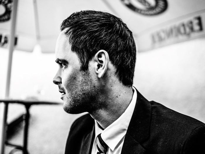 Me EyeEm Selects Headshot One Person Portrait Lifestyles Real People Young Men Looking Away Men Side View Looking Business Young Adult Suit Adult Looking Away Profile View