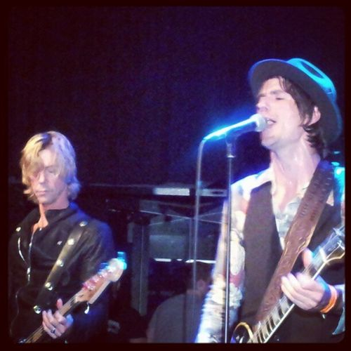 Superb gig by @walkingpapers1 this evening at The Haunt, Brighton. But man were they loud?! Ringingears Thehaunt Walkingpapers