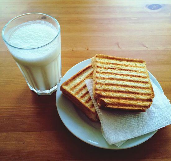 Food Dinner Food Porn Eating Breakfast Milk Toasted Bread Toast🍞 Tost Sut Kahvaltı Yemek Atıştırma